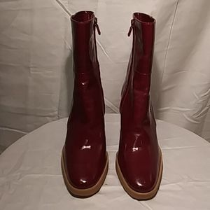 New Tod's Ruby Red Patent Booties Size 7
